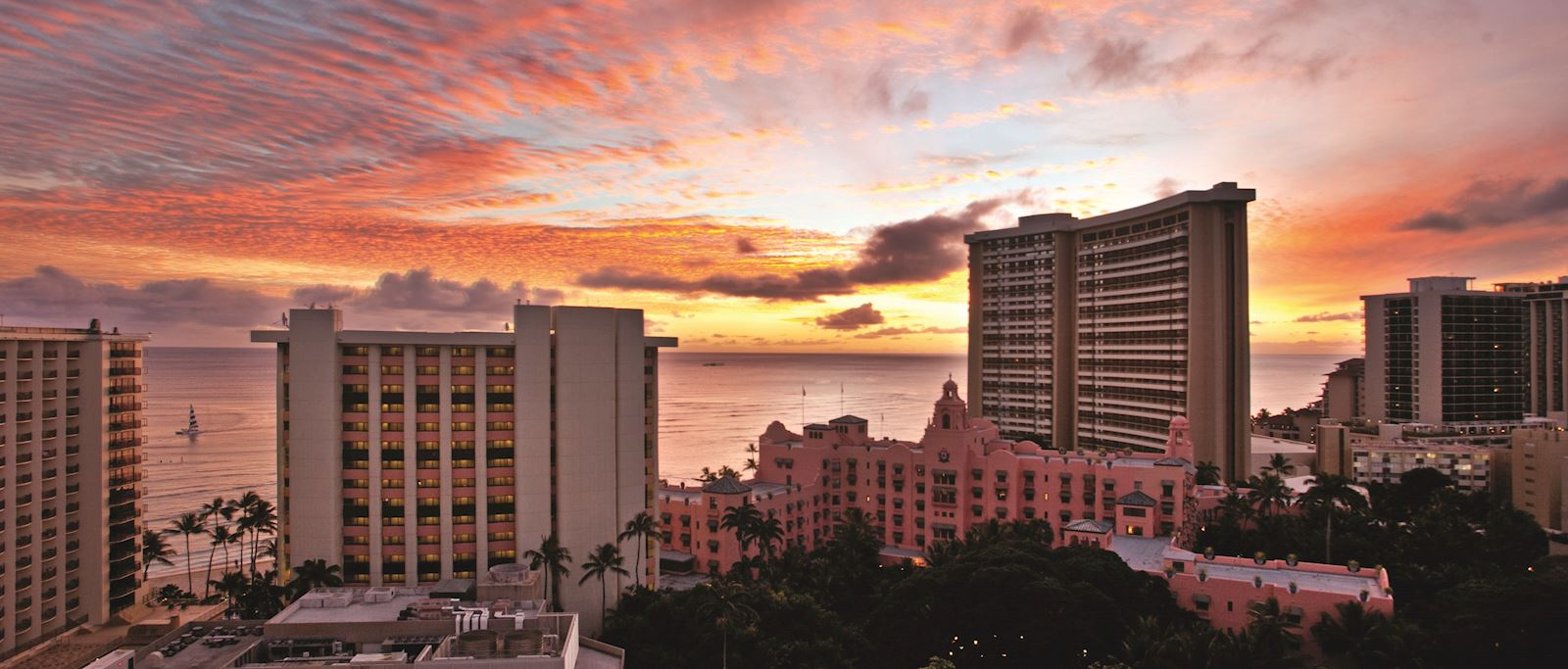 Rooms in Waikiki Beachcomber by Outrigger, Honolulu