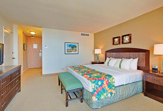Waikiki View Guestroom of Waikiki Beachcomber by Outrigger